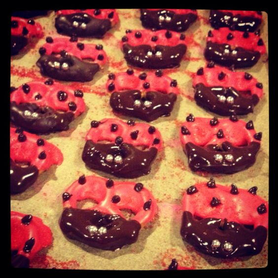 ladybug pretzels for story time at Madelyns school - to go with Ladybug Girl book :)