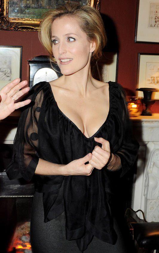 Gillian Anderson Reveals Lesbian Affairs Gillian Erson