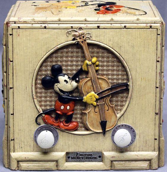 Emerson - Radio Mickey Musicien 411 - Bois Ivoire et Personnage Peint - 1934