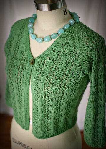 Lace Knitting Patterns For Sweaters : Lace cardigan knitting pattern easy sweater