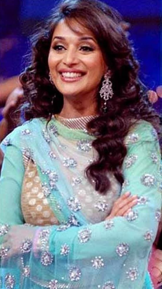 10 Beautiful Hairstyles Of Madhuri Dixit Hair Styles Beautiful Hair Half Up Hair