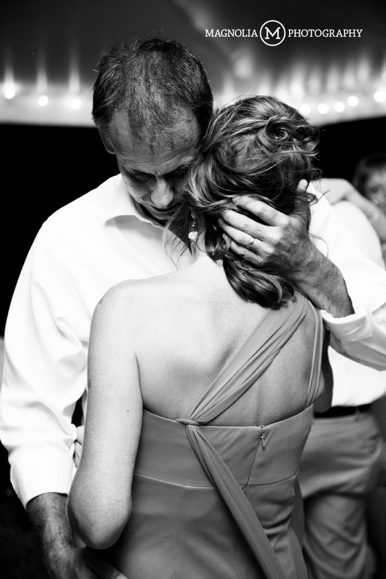 Parents Dance At Daughters Wedding 3 Scotch Hall Preserve Edenton