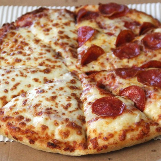 We Tried Pizza Hut's Updated Pan Pizza to See if it's Any Good