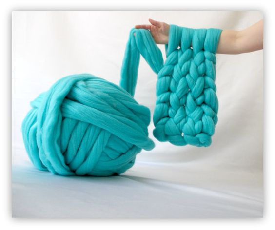 Knitting A Blanket With Arms : Diy arm knitting yarn knit a blanket in minutes or