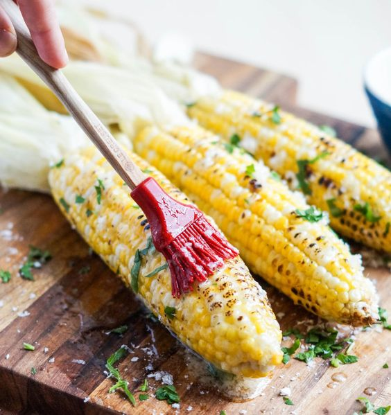 Parmesan Garlic Grilled Corn Recipe