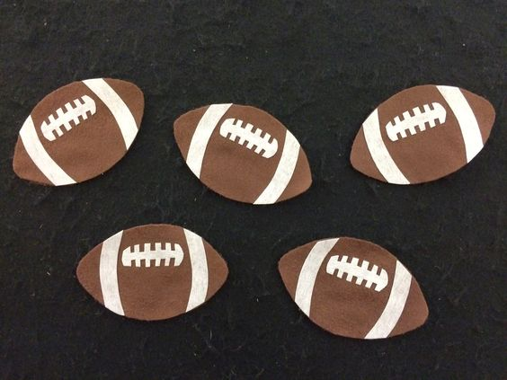 """Five Little Footballs Flannel Board and Hidden Football Game: Super Cute and Perfect for SRC """"Read for the Win"""""""