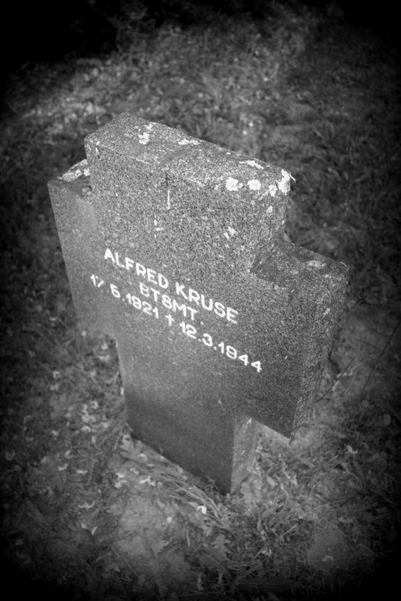 Cementerio Militar Alemán Soldado Alfred Kruse