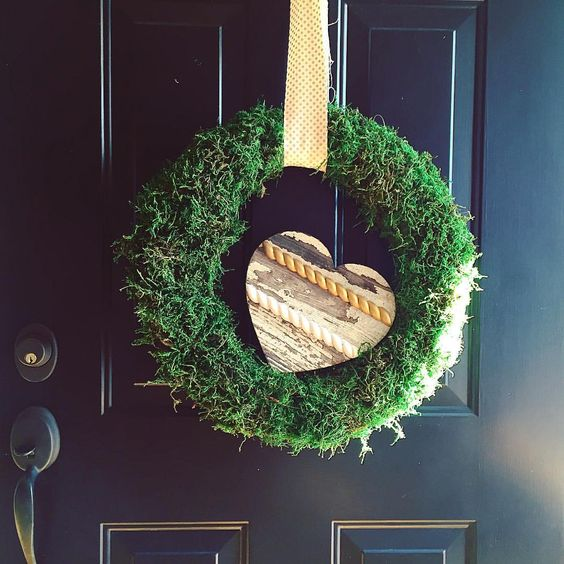 Reclaimed wood heart and moss wreath