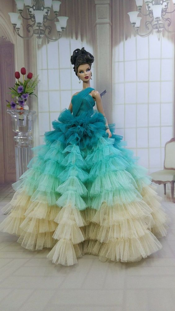 AMON DESIGN GOWN Outfit Dress Fashion Royalty Silkstone Barbie Model Doll FR - $89.99 | PicClick