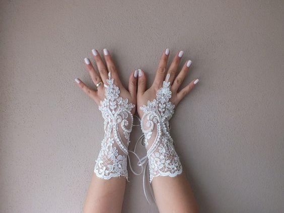 Wedding Glove, ivory lace gloves, Fingerless Glove von bridal accessories auf DaWanda.com