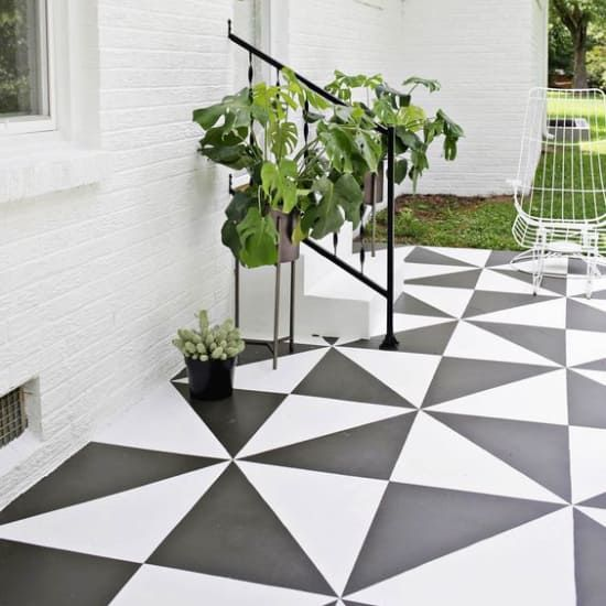 The 15 Best Painted Floor Ideas From Pinterest Period Painted Floors Painting Tile Floors Diy Painted Floors