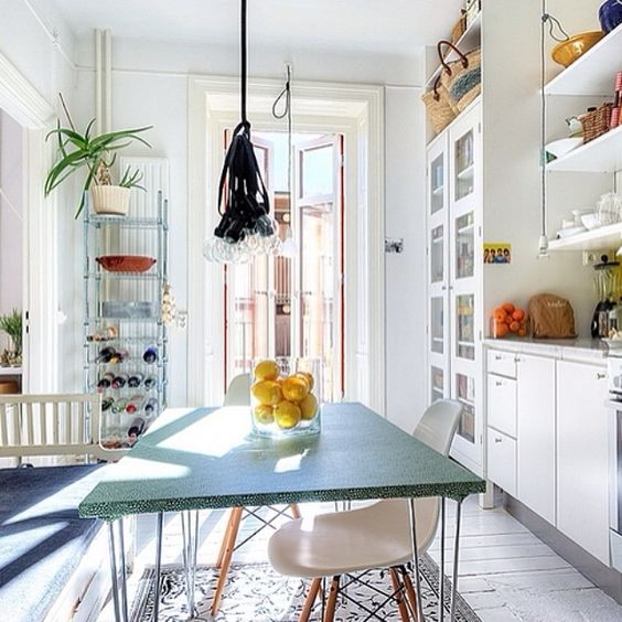 Sunny cheerful kitchen LOVE