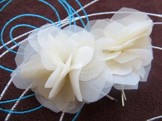 Creme Braut Haar Blumen von LeFleurShop auf DaWanda.com