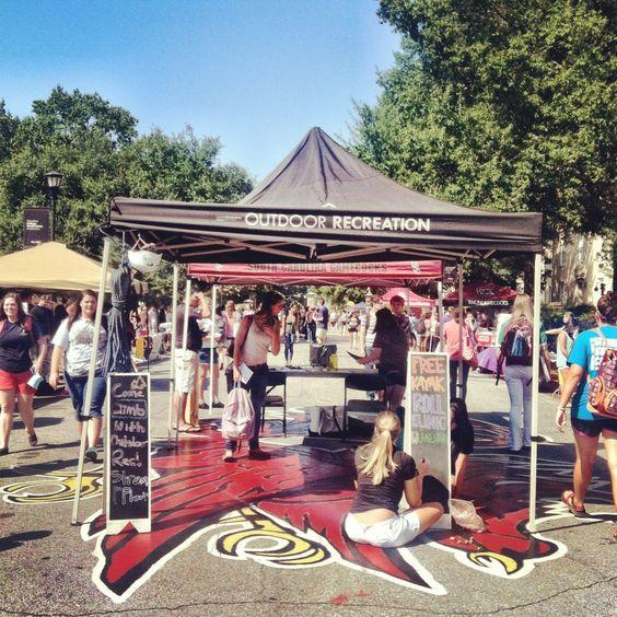 Did you know that #UofSC boasts more than 400 student organizations? Day 4 of the #UofSCPhotoADay challenge invited students to walk through the Organization Fair on Greene Street and to visit 10 different tables to check off #54 off their USC Bucket List!