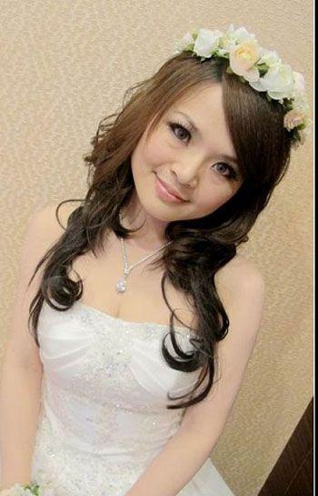 Bridal Hairstyle Amp Bridal Gown Wedding Dress 新娘妝髮造型 Yeah!新娘秘書網 白紗 C01白紗 Pinterest Bridal
