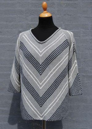 ViVi Diagonal strikket bluse med 3/4 lange ærmer