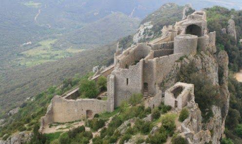 Chateau de Peyrepertuse Languedoc-Roussillon FRANCE