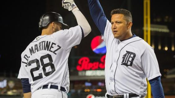 MLB Gamecast - Twins vs Tigers.    Tigers 9 - Twins 6
