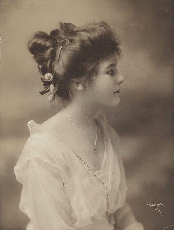 carolathhabsburg: Olga Seymour.