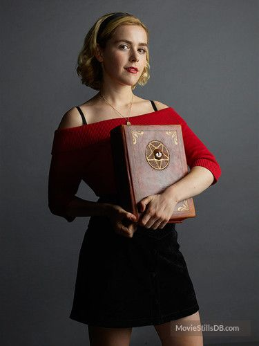 Chilling Adventures of Sabrina - Promo shot of Kiernan Shipka