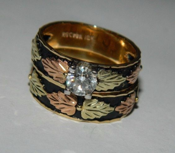 US $900.00 Pre-owned in Jewelry & Watches, Engagement & Wedding, Wedding & Anniversary Bands