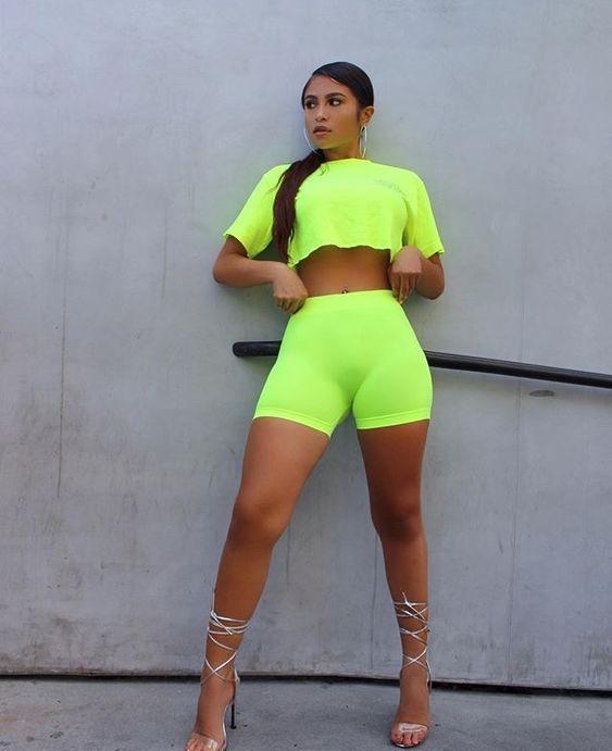 Neon Green Trends #fashion #neongreen #fashionactiivation #womanoutfit