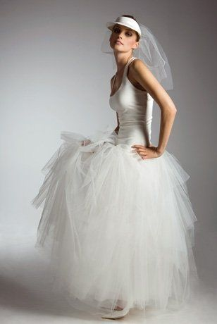 Robe de mariée en tulle Catherine Alhinc , sport