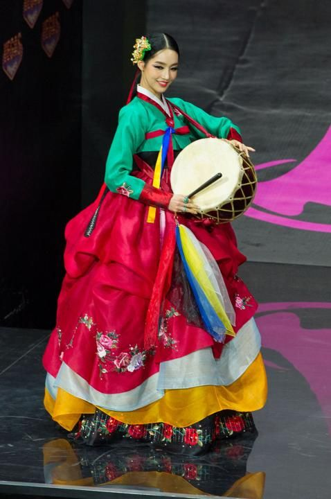 2013 Miss Universe National Costume Show............KOREA