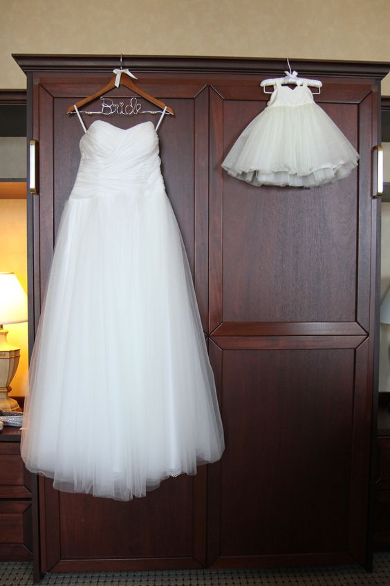 Bride and Flower Girl Dresses Picture Idea