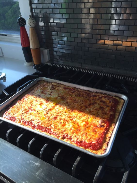 Cooking with Hilary – Carb free pizza