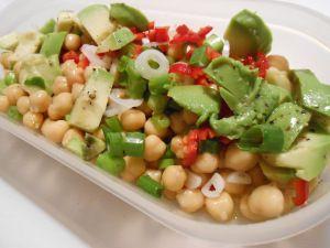 Absoluter Liebling: Kichererbsen-Avocado-Salat
