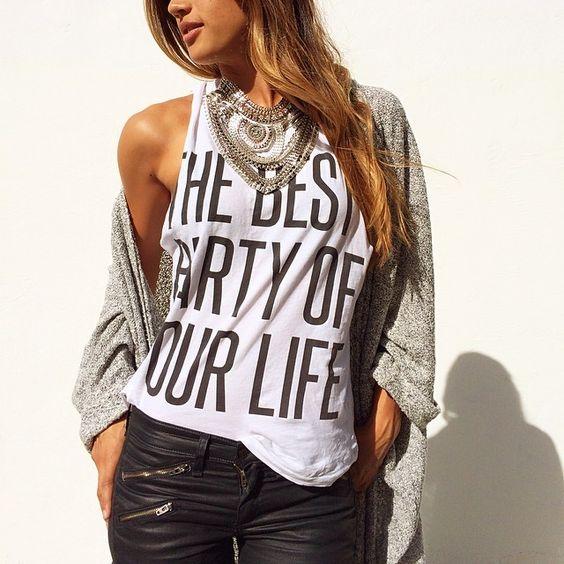 """Details✨ @loversfriendsla #thebestpartyofyourlife #ootd #rockybarnes"""