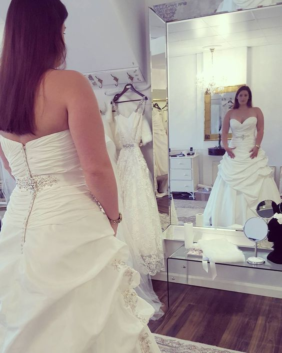 Brides of all sizes can obtain custom #weddingdresses from our firm that are not only affordable but made to the brides preferences as well. As USA dress makers we can customize any design to your personal taste & style.  We can even make a close #replica of a dress based on any picture you have. For more info on plus size wedding dresses or custom designs please email us from our main web page at www.dariuscordell.com