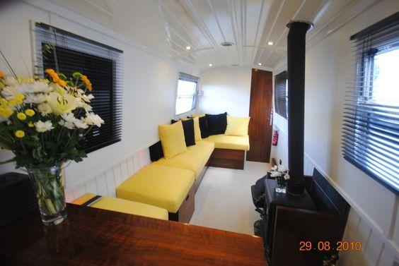 Black Pearl Narrowboat - Pendle-narrowboats.com