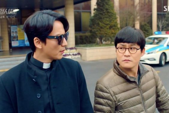 """The Fiery Priest"" Ratings Rise As Comic Murder Investigation Gets Underway"