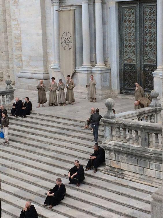 Tommen, Alto Pardal, Margaery - Gravação da sexta temporada de Game of Thrones  #GOT #seriados #GOT #HBO #geek