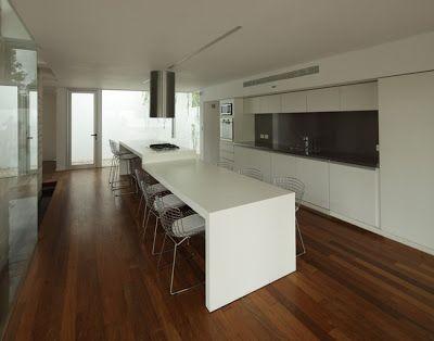 Casas Minimalistas y Modernas: Casa Bunker Moderna