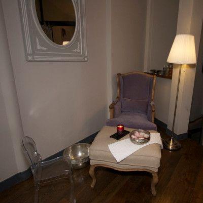 Nous avons testé @VaninaduBoudoir #parisien. Rituels et marques choisis en terre cosy. Ciblé ! http://www.spa-etc.fr/lieux/le-boudoir-parisien,1316.html @Spa_Etc