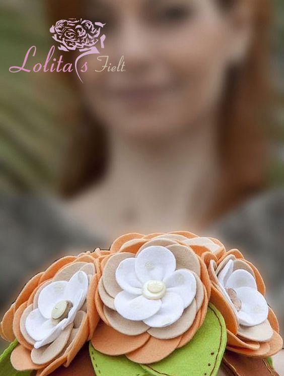 Boda de Mª Luz, con uno de nestros ramos nenufares http://www.lolitasfieltro.com/wordpress/?page_id=26&paged=5