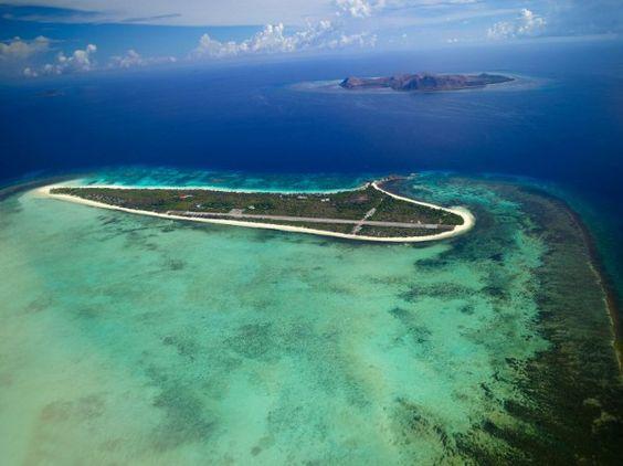 Image from http://cdn.decoist.com/wp-content/uploads/2011/11/5-Star-Amanpulo-Resort-by-Aman-Resorts-2.jpg.