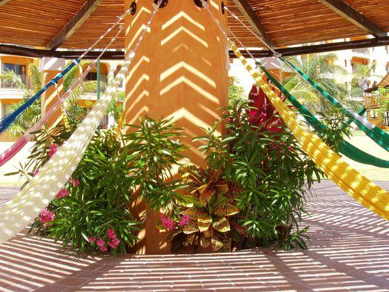 Además de tropicales y encantadoras costas, en #PlayaDelCarmen encontrarás increíbles haciendas, preparadas para disfrutar como en ningún otro lado de un buen descanso.