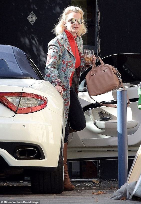 You better work:Britney Spears was once again in the studio in Calabasas, California, on ...