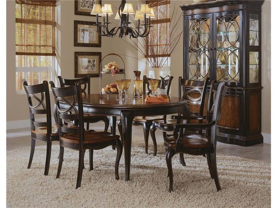 Haven Dining Room Round Leg Dining Table 864 75 203 Luxe