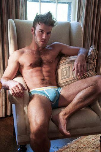 Men in underwear: Photo