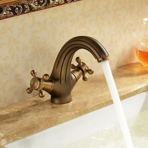 Antique Inspired Bathroom Sink Faucet Antique Brass Finish Faucetsuperdeal Com Discountkitchensinksand Bathroom Sink Faucets Sink Faucets Bathroom Faucets