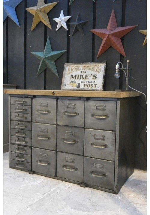 Love the file cabinets with wood countertop on it...lots of useful storage to store things out of sight and still have a useful worktop