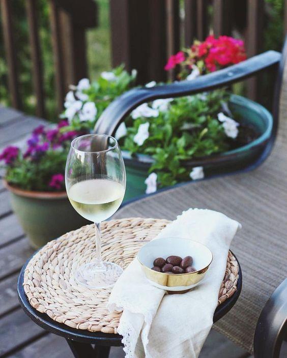 Summer patio moment