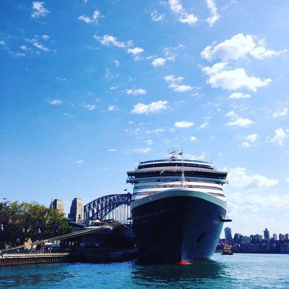 Straya #sydney #sydneyharbour #cruiseship #harbourbridge #sydneyharbourbridge #australia #straya #harbour #newsouthwales by craigbrokensha http://ift.tt/1NRMbNv