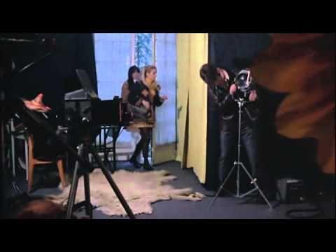 196 Femme en fourrure dans les films français - YouTube