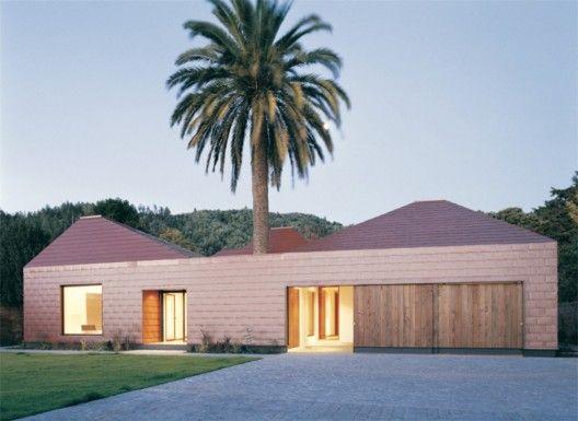 Architects: Pezo von von Ellrichshausen Architects - Mauricio Pezo, Sofia von Ellrichshausen Location: Galvarino st 1983, Chiguayante, Chile Project date::
